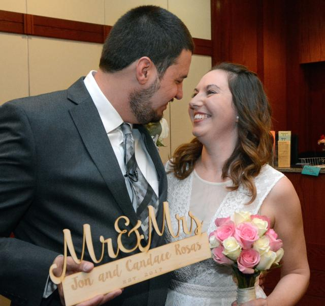 Get Married For Free On Valentine S Day Albuquerque Journal