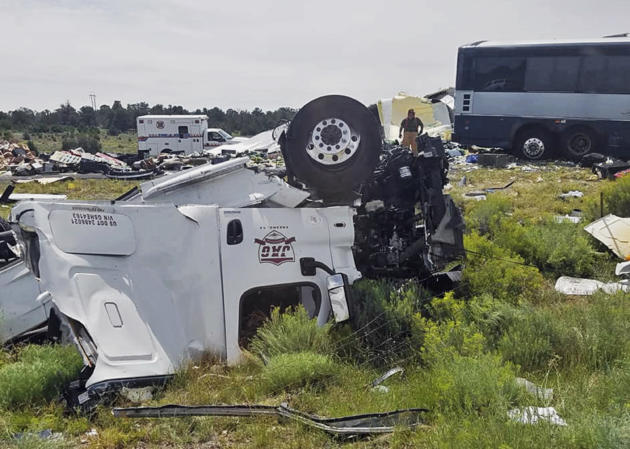 7 dead, many injured, after Greyhound bus, truck collide