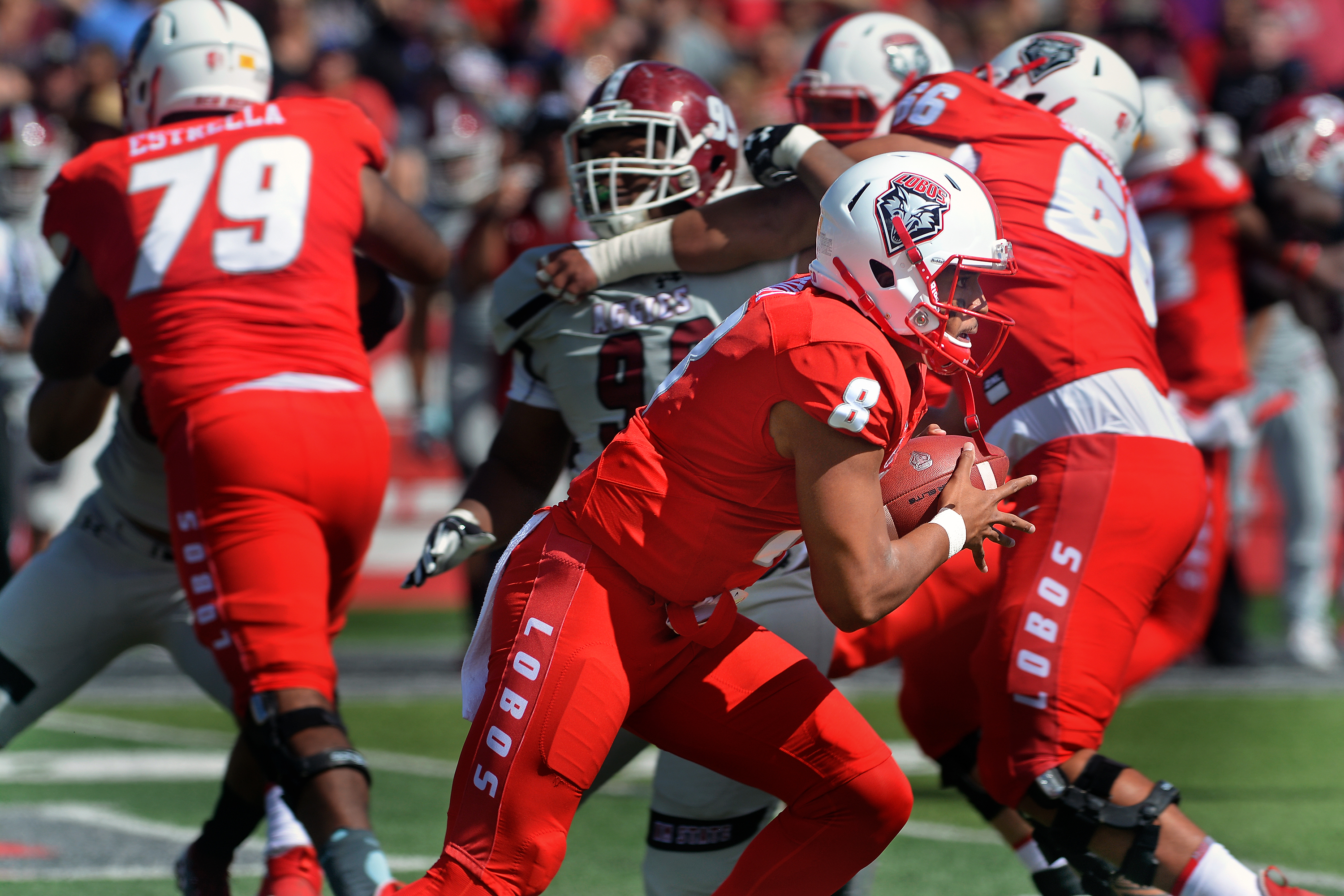 Lobos outscore Aggies for wild 55-52 victory