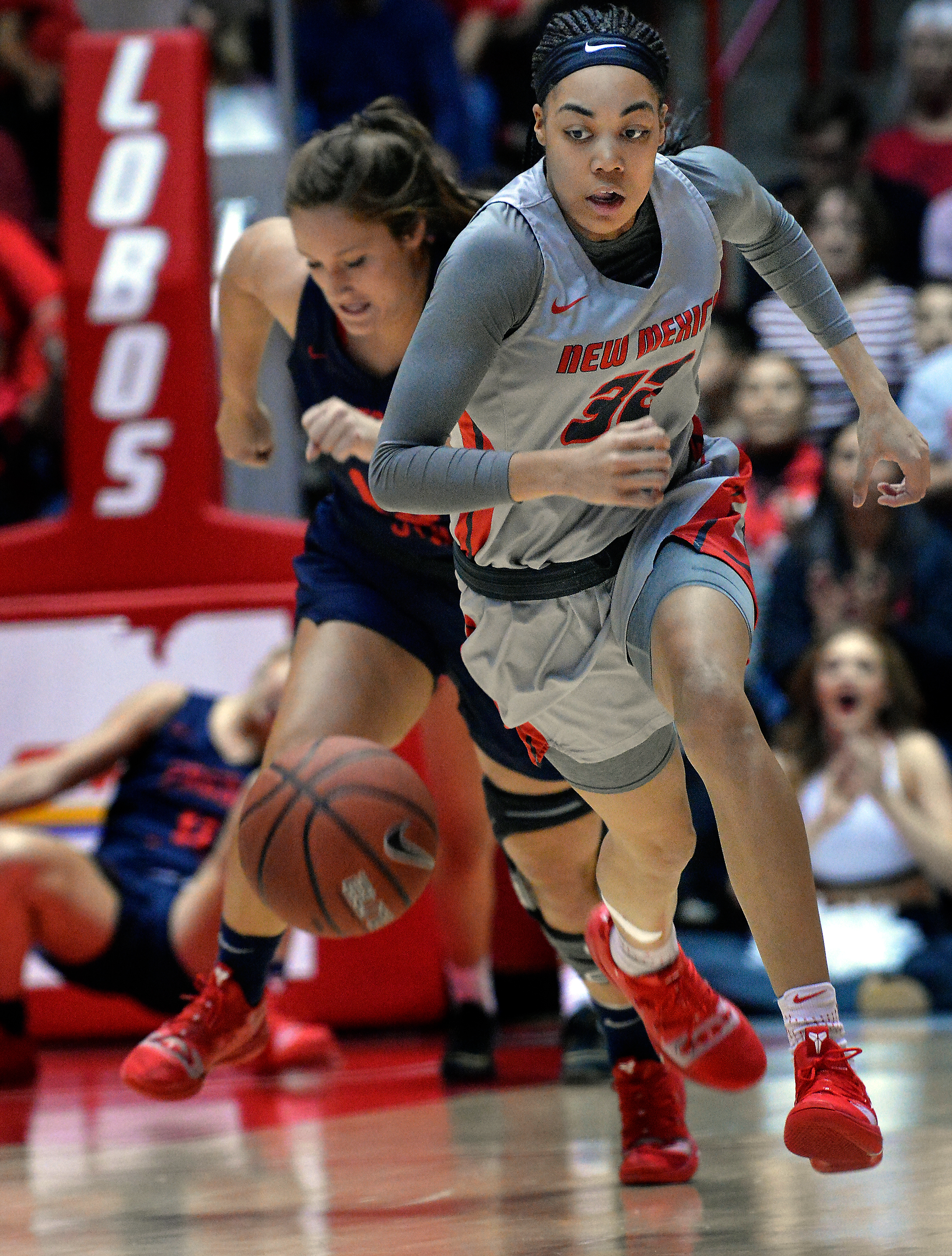 Women's hoops: Starting lineup is still in flux for Lobos