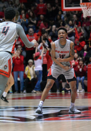Robertson returns at a perfect time for UNM