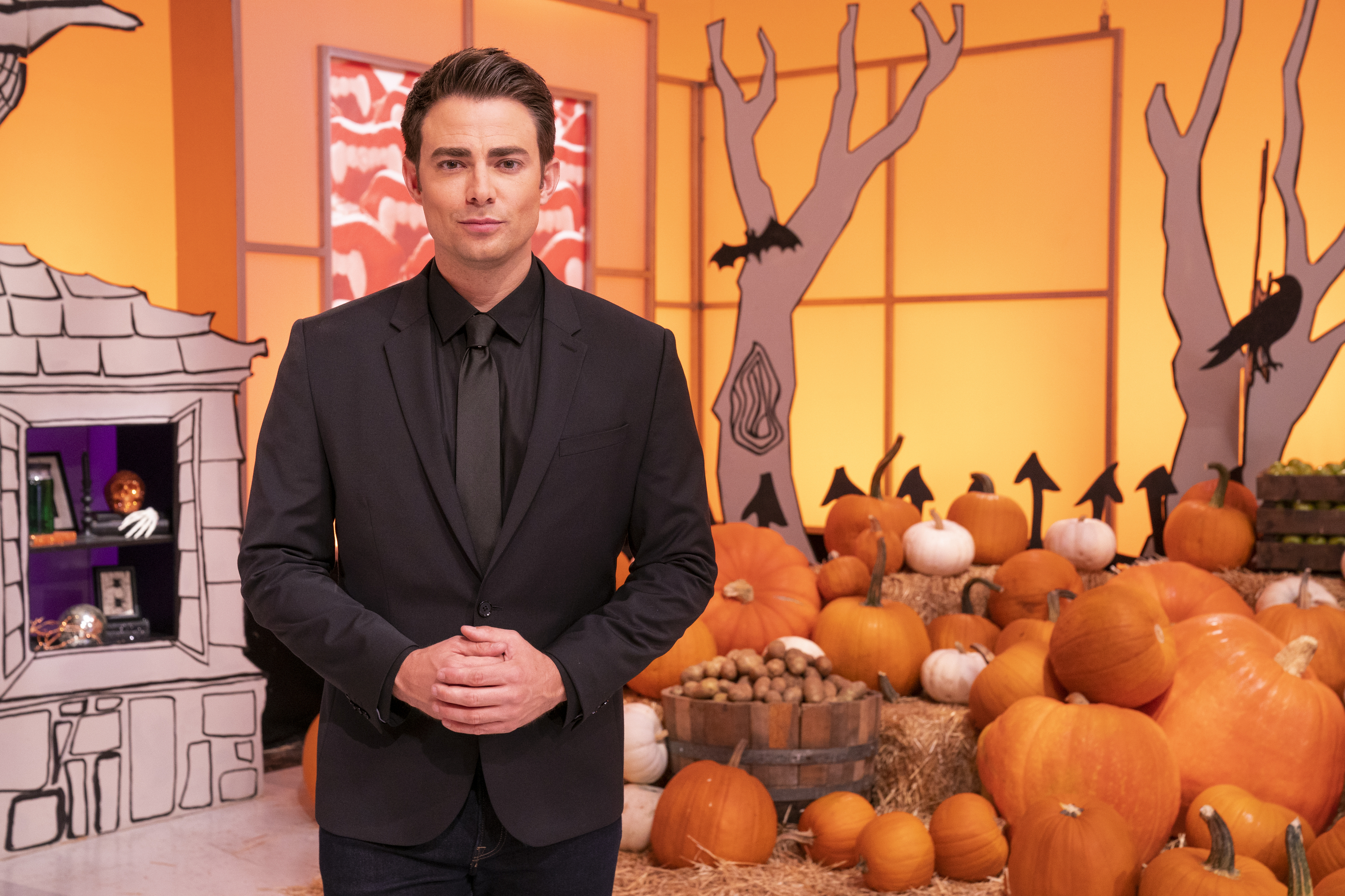 Halloween Wars 2020 Winner Sesson 7 Food Network Captivating Creations: Jonathan Bennett hosts the 10th season of